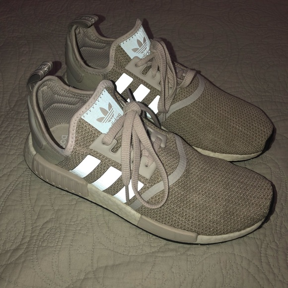 check out e18e2 fec62 Men's Adidas Sesame NMD R1 10.5 Gray Tan Shoe